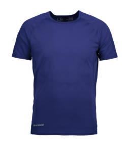 ID Kortærmet T-shirt i tyndt svedtransporterende mikrofibermateriale T-shirten er figursyet og sidder derfor tæt til kroppen herre navy