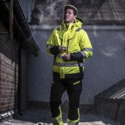 Sikkerheds arbejdstøj High-visibility arbejdsbuks med god fleksibilitet. - vi tilbyder at brande den med trykt eller broderet logo